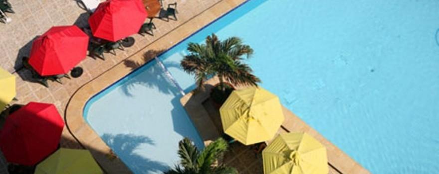 Vista superior de la piscina Fuente decameron com